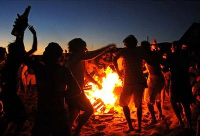 drinking-at-a-bonfire